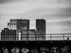 Farine Five Roses (photosgabrielle) Tags: photosgabrielle noiretblanc bwphotography bw griffintown montreal urban graffiti