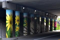 MuralsPaintedOnI-58Columns (T's PL) Tags: art artwork muralpaintedoni581columns muralspaintedoni581columns nikond7200 nikon d7200 nikondslr roanokeva roanoke tamron18270mmf3563diiivcpzd tamron18270 tamron nikontamron tazewellave virginia va mural