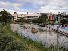 Easter Sunday fun time at Discovery Green (elnina999) Tags: discoverygreen park downtownhouston texas outdoors fun family leisure easter partlycloudy kayaks water kids phonephotgraphy mobilepictures googlepixel