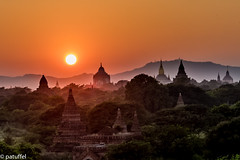 Silhouette of temples and pagodas during sunset - Bagan (Myanmar) (patuffel) Tags: bagan silhouette sunset pagoda temple myanmar leica 50mm summircon