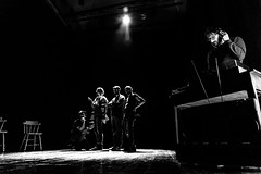 Le Vissole - Radio (iperfocale77) Tags: 6d canon canonef24105mmf4lisusm canoneos canoneos6d canonlseries eos emiliaromagna francescotusino improvisationaltheatre italy levissole piacenza teatrosanmatteo actors attori impro improv improvvisazione improvvisazioneteatrale palcoscenico stage theatre