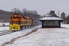 B&P RIBT @ Dayton, PA (Dan A. Davis) Tags: bprr buffalopittsburgh ribt bp geneseewyoming gw sd402 sd40t2 freighttrain railroad locomotive train dayton echo pa pennsylvania