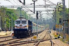 Devagiri Exp. (B V Ashok) Tags: test devagiri express 17058 secunderabadmumbai sccstm scr cvb cavalrybarracks gy gooty wdp4d 40104 emd flickrtravelaward