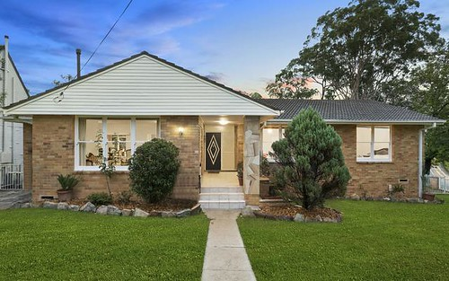 1 Priestley Cl, St Ives NSW 2075