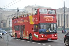 City Sightseeing Budapest PEL-909 (Will Swain) Tags: heroes square budapest 7th january 2018 bus buses transport travel vehicle vehicles county country central capital city centre hungary europe sightseeing pel909 lx03bvj stagecoach london 17773