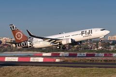 DQ-FJG Fiji Airways Boeing 737-8X2(WL) 34L Sydney Airport SYD/YSSY 13/4/2018 (TonyJ86) Tags: d750 nikon planespotting australia nsw sydney yssy syd sydneykingsfordsmith sydneyairport aviation airliner narrowbody 7378x2 7378x2wl 737800 737 b738 boeing dqfjg fjfji fijiairways