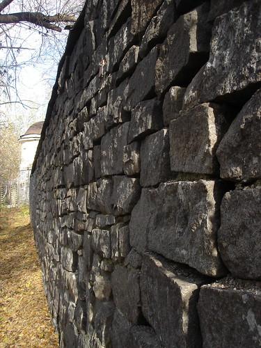 Стена в Зелёной роще ©  ayampolsky