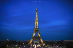 Blue hour Eiffel (glank27) Tags: blue hour eiffel tower trocadero paris france karl glanville canon eos 5d mkiv ef 1635mm f4l cityscape lights night metropolitan cosmopolitan city capital europe