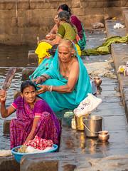 LR Madhya Pradesh 2018-2240217 (hunbille) Tags: birgittemadhyapradesh20181lr ghat ahilyabai ghats ahilyabaighat india madhya pradesh madhyapradesh maheshwar narmada river holy ahilya