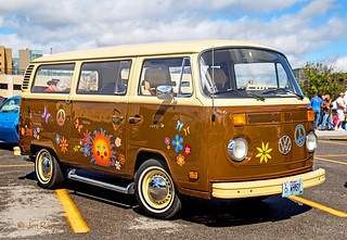 1978 VW Bus (edit)
