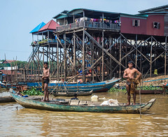 At the gym? (JmiaJ) Tags: 2018 asia cambodia holidays fareast vacations tonlesap fishermen canoe fsihing river 6pack