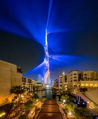 Burj Khalifa laser show (Siebring Photo Art) Tags: burjkhalifa dubai dubaimall dubaiskyline emirates uaechinesenewyear lasershow lighttrails mirrorimage skyline verenigdearabischeemiraten ae