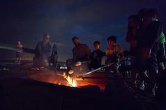 Assando o pan de palo (Ars Clicandi) Tags: brazil brasil socorro sp pedrabelavista pedra bela vista noite night pan de palo pandepalo pao bread sãopaulo br fogueira fogo fire fireplace nightshot