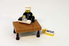 [MOC] Playing with yourself (byStfn) Tags: minifig minifigure series 18 police lego moc