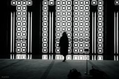 Selfie (Laszlo Horvath.) Tags: hassan ii mosque selfie marocco marokko casablanca bw blackwhite blackandwhite monochrome nikond7100 sigma1835mmf18art silhouette sziluett portrait