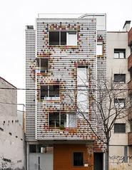 Multi-family housing. (Stefano Perego Photography) Tags: stepegphotography stefano perego building residential housing facade postmodern postmodernism contemporary architecture design barcelona