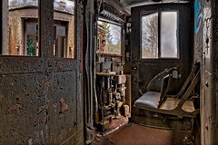 Set the Controls for the Heat of the Sun (Frank C. Grace (Trig Photography)) Tags: bartlett newhampshire unitedstates us abandoned train setthecontrolsfortheheatofthesun urbex decay rusty rust crusty locomotive chair controls panel d850 nikon frankcgrace trigphotography passenger