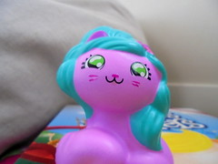 DSC02485 (classroomcamera) Tags: home homes house houses pink pony ponies horse horses horsey hair mane manes face faces smile smiles smiling freckle freckles cute girl girls girly closeup toy toys squeeze squeezes lightweight