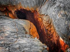 Flank Eruption Fissure (Fotografie mit Seele) Tags: ertaale danakildepression afar triangle volcano vulkan äthiopien ethiopia lava eruption red smoke liquid crust kruste pahoehoe