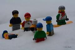 Disaster (77/365) (Tas1927) Tags: 365the2018edition 3652018 day77365 18mar18 lego minifigure minifig snow