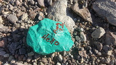 Hello Rock (W9JIM) Tags: w9jim rock green dvnp deathvalley tituscanyonroad