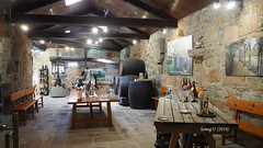 Bodega en el Pazo de Rubianes. (lumog37) Tags: bodega winery vino wine viñedo vineyard pazo palaces