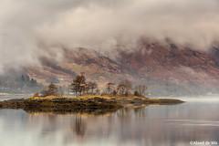 Loch Leven (aland67) Tags: landscape mountain mist clouds refelections alanddewit leendsoft09 leend09hard island longexposure lochleven scotland polarfilter