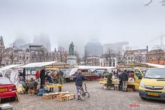 Misty (Pieter Musterd) Tags: mist misty plein boekenmarkt pietermusterd musterd canon pmusterdziggonl nederland holland nl canon5dmarkii canon5d denhaag 'sgravenhage