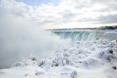 Horseshoe Falls (martinaschneider) Tags: niagarafalls snow ice icy icicles winter water cold horseshoefalls