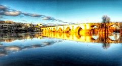 Espejo (Alberto Ramos C.) Tags: europe europa spain españa zamora bridge sunset river rio blue dorado