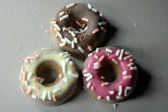 Candy 'donuts' (Tony Worrall) Tags: add tag ©2018tonyworrall images photos photograff things uk england food foodie grub eat eaten taste tasty cook cooked iatethis foodporn foodpictures picturesoffood dish dishes menu plate plated made ingrediants nice flavour foodophile x yummy make tasted meal nutritional freshtaste foodstuff cuisine nourishment nutriments provisions ration refreshment store sustenance fare foodstuffs meals snacks bites chow cookery diet eatable fodder candy donuts chocolate doughnuts ice icing holes