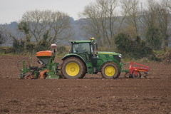 John Deere 6155R Tractor with a HE-VA Front Press, Amazone ADP 3000 Special Seed Drill & Power Harrow (Shane Casey CK25) Tags: john deere 6155r tractor heva front press amazone adp 3000 special seed drill power harrow jd green fermoy one pass onepass traktor trekker traktori tracteur trator ciągnik sow sowing set setting drilling tillage till tilling plant planting crop crops cereal cereals county cork ireland irish farm farmer farming agri agriculture contractor field ground soil dirt earth dust work working horse horsepower hp pull pulling machine machinery grow growing nikon d7200