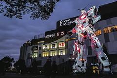 1:1 life size Unicorn Gundam in Red Psycho-frame. (Andy @ Pang Ket Vui ( shootx2 )) Tags: gundam tokyo odaiba life size diver city destroymode red psycho frame transform x100f fujifilm wclx100ii