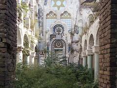 (soho42) Tags: mamiya645protl kodakportapro400 synagogue abandoned romania analog urbanexploration urbex decay lost forgotten