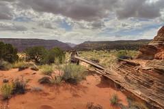 Huge rock fin on the Paria Plateau (Chief Bwana) Tags: az arizona pariaplateau vermilioncliffs geology psa104 chiefbwana