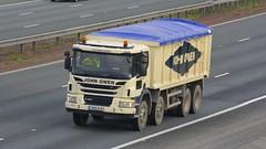 YN66 MJE (panmanstan) Tags: scania p370 wagon truck lorry commercial rigid bulk freight tipper transport haulage vehicle a1m fairburn yorkshire