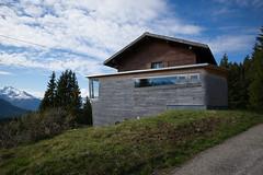 architecture in the alps @Spoina, Lenzerheide (Toni_V) Tags: m2407830 rangefinder digitalrangefinder messsucher leicam leica mp typ240 type240 21mm superelmarm hiking wanderung randonnée escursione spoina lenzerheide alps alpen architecture architektur graubünden grisons grischun switzerland schweiz suisse svizzera svizra europe frühling spring ©toniv 2018 180512 alpinearchitecture
