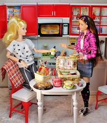 A-Z Challenge 2.0: L - Let's Do Lunch (saratiz) Tags: picnic kitchen lunch sandwich jam pie cake bread rement barbiemadetomove barbieuniversityofoklahoma barbiepaulfrank friends