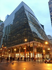 James R. Thompson Center (Stu_Jo) Tags: postmodern architecture postmodernarchitecture chicago il illinois stateofillinois center stateofillinoiscenter james r thompson jamesrthompsoncenter helmutjahn chicagoloop loop loopdistrict downtown cbd centralbusinessdistrict sunset dusk