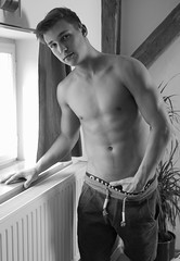 (felix-1997) Tags: guy dude lad boy male man body torso shirtless black white underwear ck shorts hot sexy abs muscle face