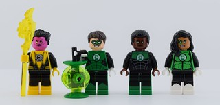 Every LEGO Lantern corps minifigs