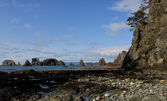 Cobble cove (D. Inscho) Tags: olympiccoast pointofthearches pacificnorthwest washingtoncoast washington pacific seastack shadows ocean