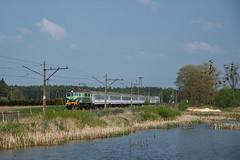 EP07-330 (pedro4d) Tags: pkp intercity pociąg kolej train railway ep07 ep07330 bożepole wielkie