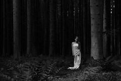 """""""schlafwandlerisch ."""" (helmet13) Tags: d800e raw people woman forest silence simplicity outdoor aoi world100f bestportraitsaoi elitegalleryao 200faves"""