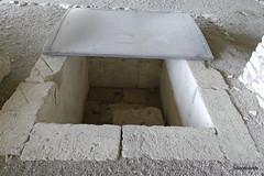 Aiani Royal Necropolis,  Tomb F (ΣΤ )   (3).JPG (tobeytravels) Tags: macedon macedonia alexanderthegreat alexandrthe3rd archaic classical cist grave pitgraves bronzeage