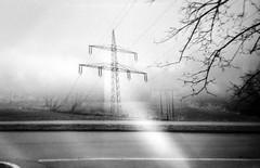 Energiefeld (chipsmitmayo) Tags: splitcam ilford hp5 400 schwarzweiss blackandwhite film analog sauerland hsk schmallenberg labor multi expsure mehrfachbelichtung strase street strommast power lines