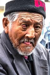 Street Portrait (klauslang99) Tags: streetphotography portrait klauslang cuenca ecuador person man old face