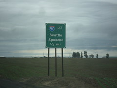WA-261 North Approaching I-90 (sagebrushgis) Tags: wa261 us395 i90 ritzville washington sign freewayjunction intersection biggreensign