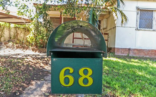 68 Belmore Rd, Peakhurst NSW 2210