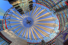 Sony Center - the dome - HDR - Detailed (Pascal Volk) Tags: berlin mitte berlinmitte tiergarten potsdamerplatz altorangodinámico highdynamicrangeimage hdr hdri hdraddicted wideangle weitwinkel granangular superwideangle superweitwinkel ultrawideangle ultraweitwinkel ww wa sww swa uww uwa architecture architektur arquitectura modernistarchitecture modernarchitecture modernearchitektur canoneos6d irix11mmf40 blackstone 11mm 11mmlens irixlens extremewideangle manfrotto mt055xpro3 468mgrc2 dxofilmpack hdrsoftphotomatix